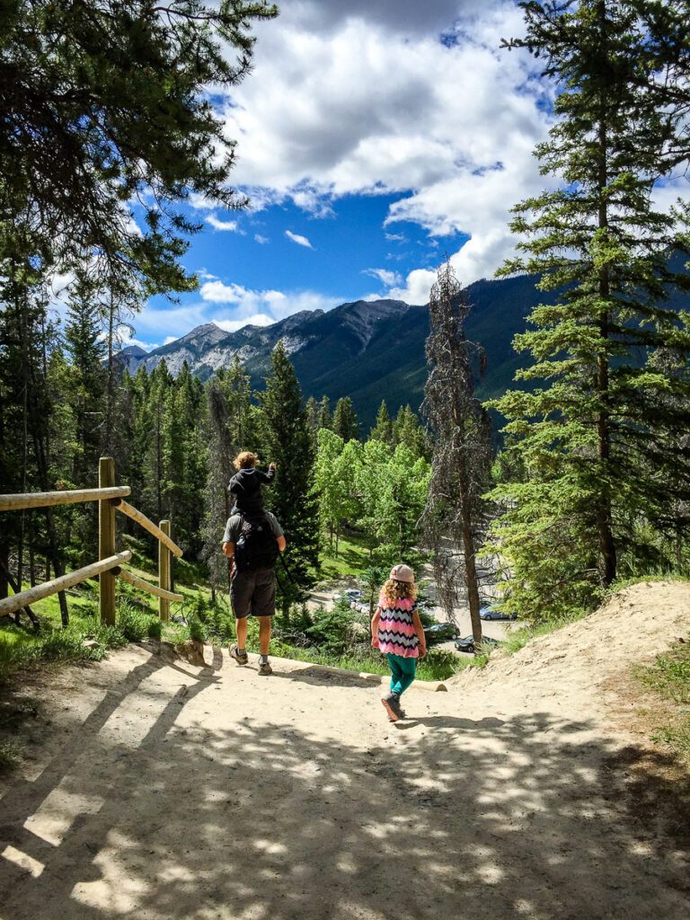 A family hike along the Tunnel Mountain Trail nea the Town of Banff
