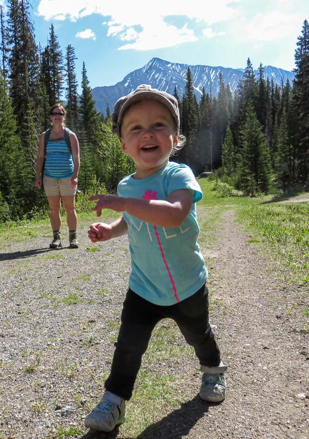 Hiking with kids in Banff in the summer