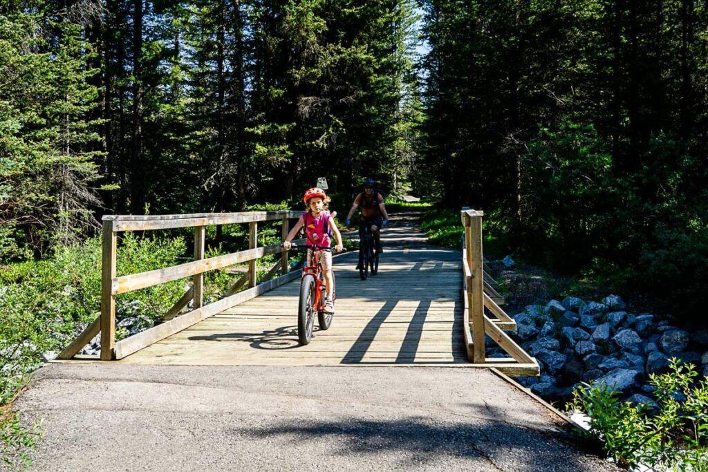 Peter Lougheed Paved Pathway - Kananaskis Kid friendly bike rides