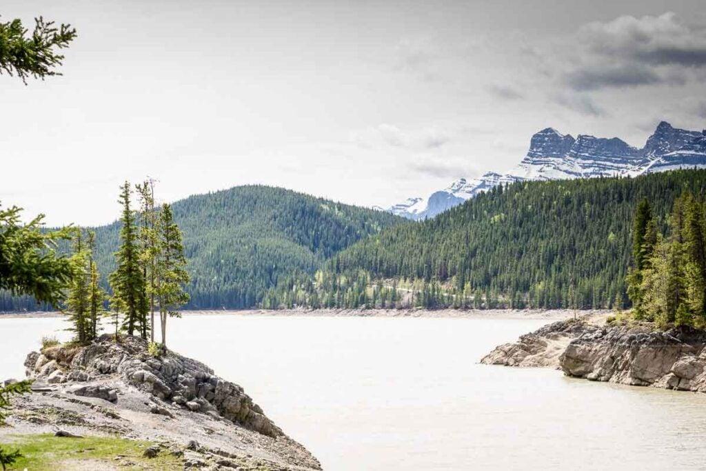 Lake Minnewanka - places to visit in banff