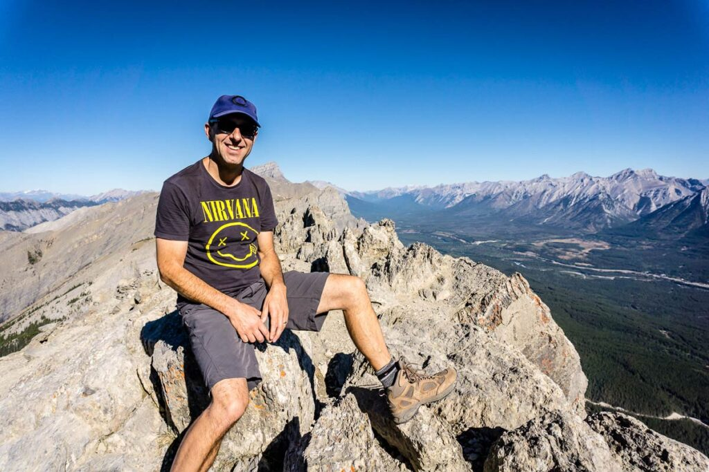 it takes about 90 minutes to hike to the summit of Ha Ling mountain near Canmore