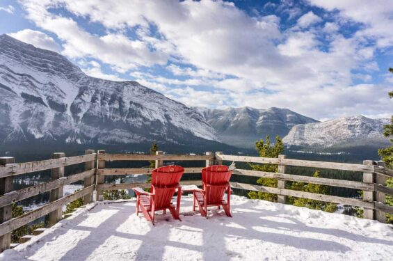 30+ Amazing Things to do in Banff in Winter