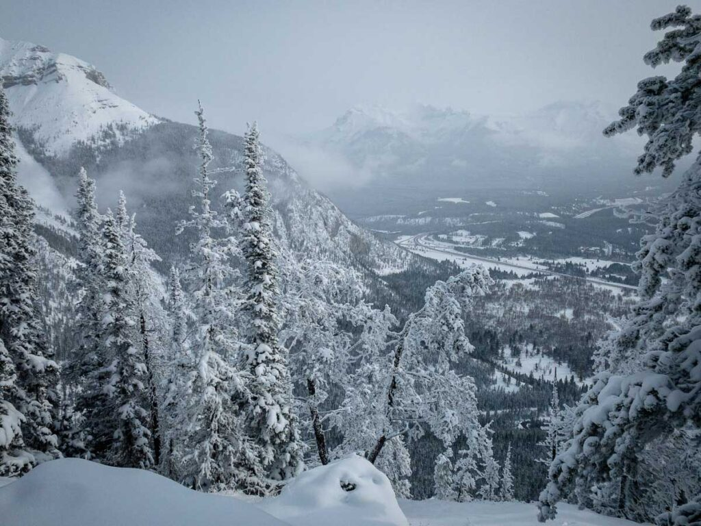 Stoney Lookout - Banff winter hiking trails