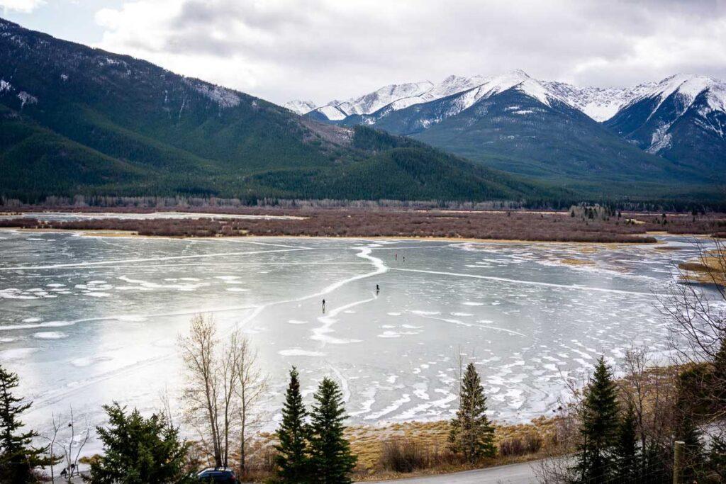 Vermilion Lakes - banff winter skating