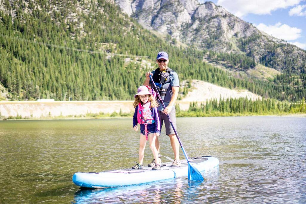 Banff national park lakes for paddle boarding with Kids