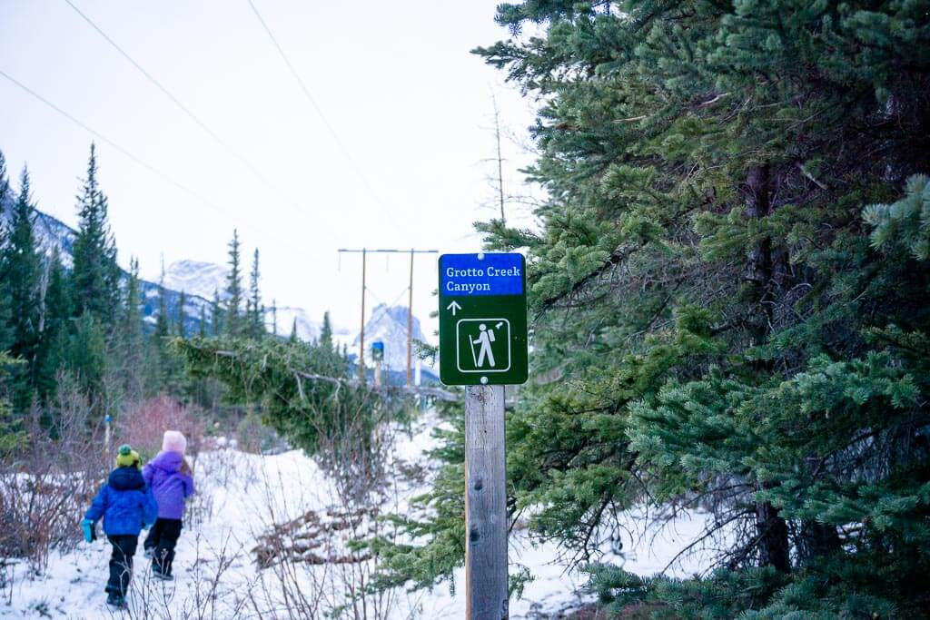 Great trail signage means you won't need a grotto canyon hiking trail map