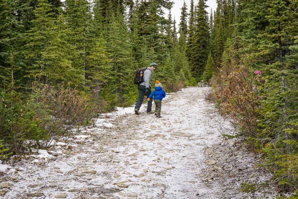 hiking Chester Lake with kids - a good Kananaskis fall hike