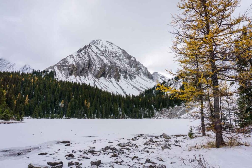 Be ready for winter conditions if you hike Chester Lake to see the larch trees in fall