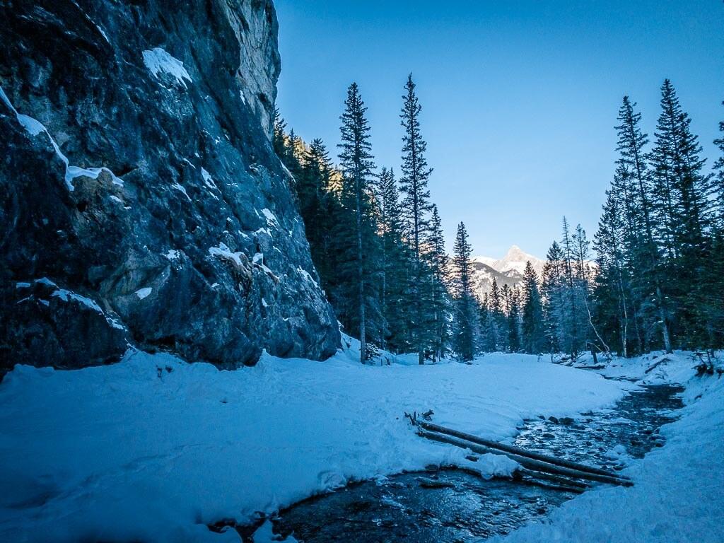 Hiking Heart Creek in winter