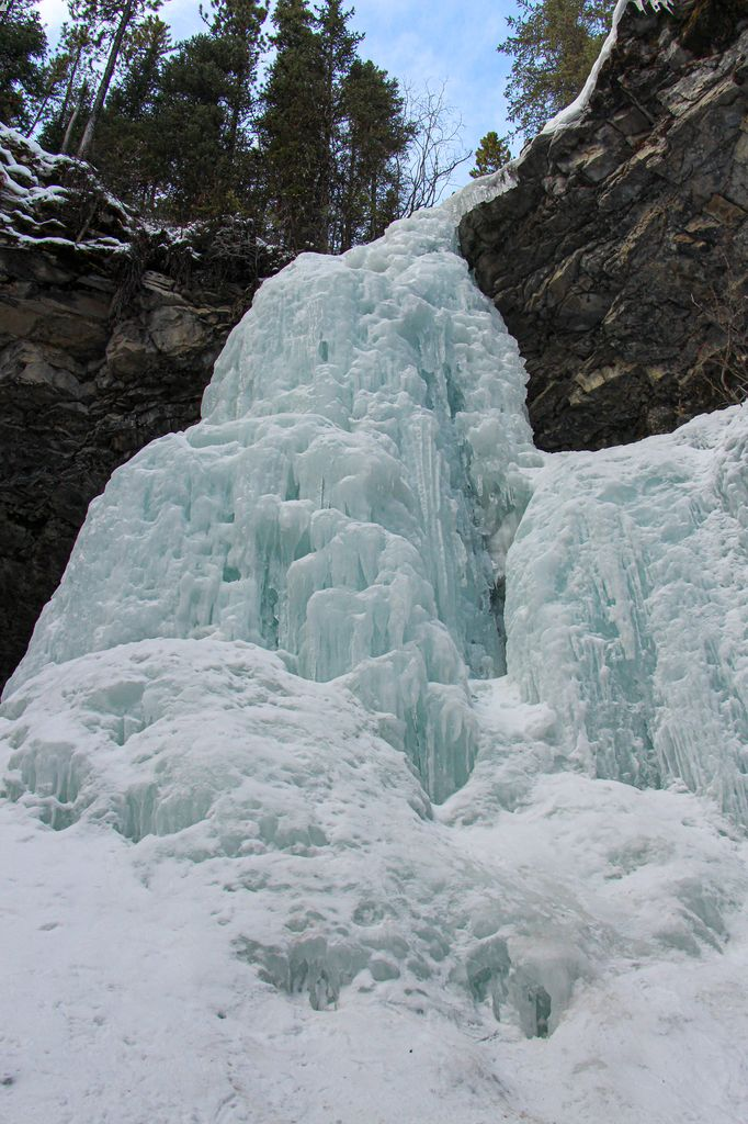 Hiking Troll Falls in winter to a beautiful frozen waterfall