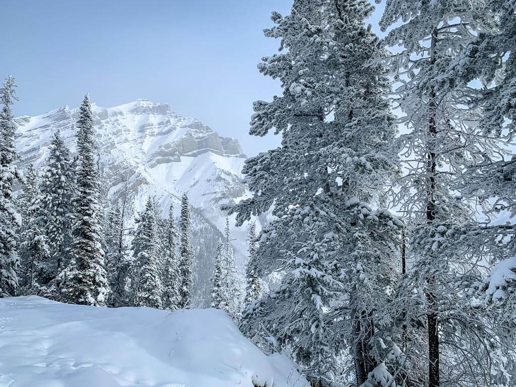 best snowshoeing trails banff - Upper Stoney Lookout