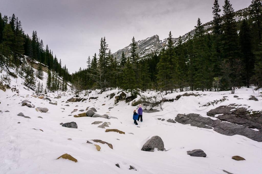 Jura Creek is a fun & beautiful kid-friendly winter hike near Calgary