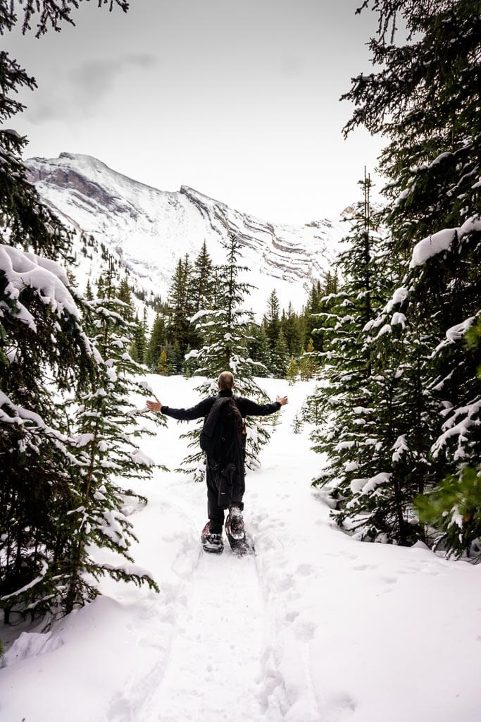 Banff snowshoeing on Cascade Amphitheatre snowshoe trail