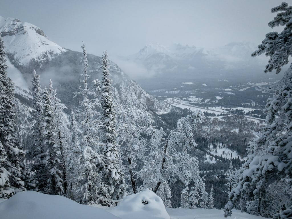 best snowshoe trails banff - upper stoney lookout