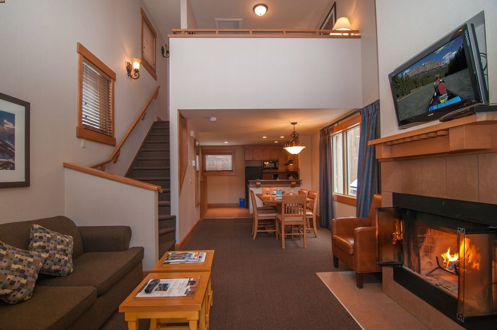 A loft-style apartment makes the Hidden Ridge Resort one of the best family hotels in Banff