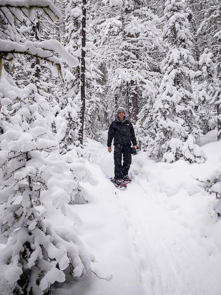Snowshoeing Norquay Snowshoe trail - Upper Stoney Loop
