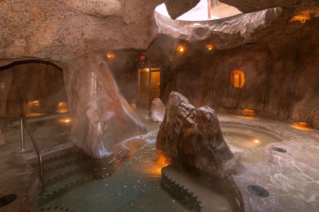 With a fun hot pool, the Fox Hotel isn't just pet friendly, its one of the best kid friendly hotels in banff