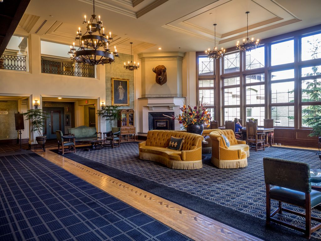 Dogs are allowed at the Banff Springs Hotel - a pet-friendly Banff hotel