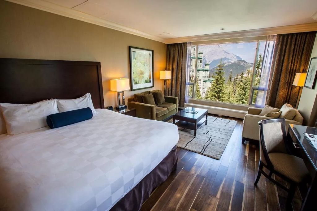 banff suites family hotels