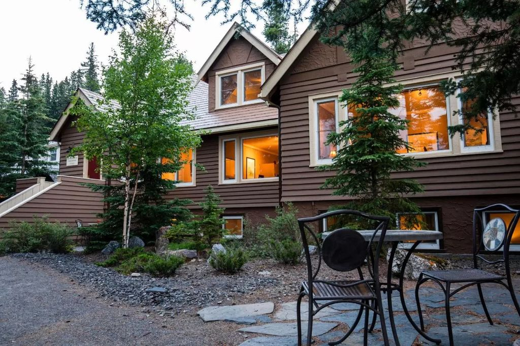 cheapest hotels in banff canada - Banff Boutique Inn