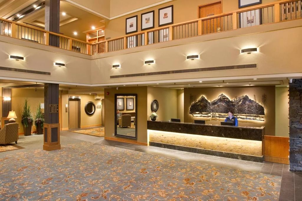 banff national park cheap hotels - Banff Park Lodge