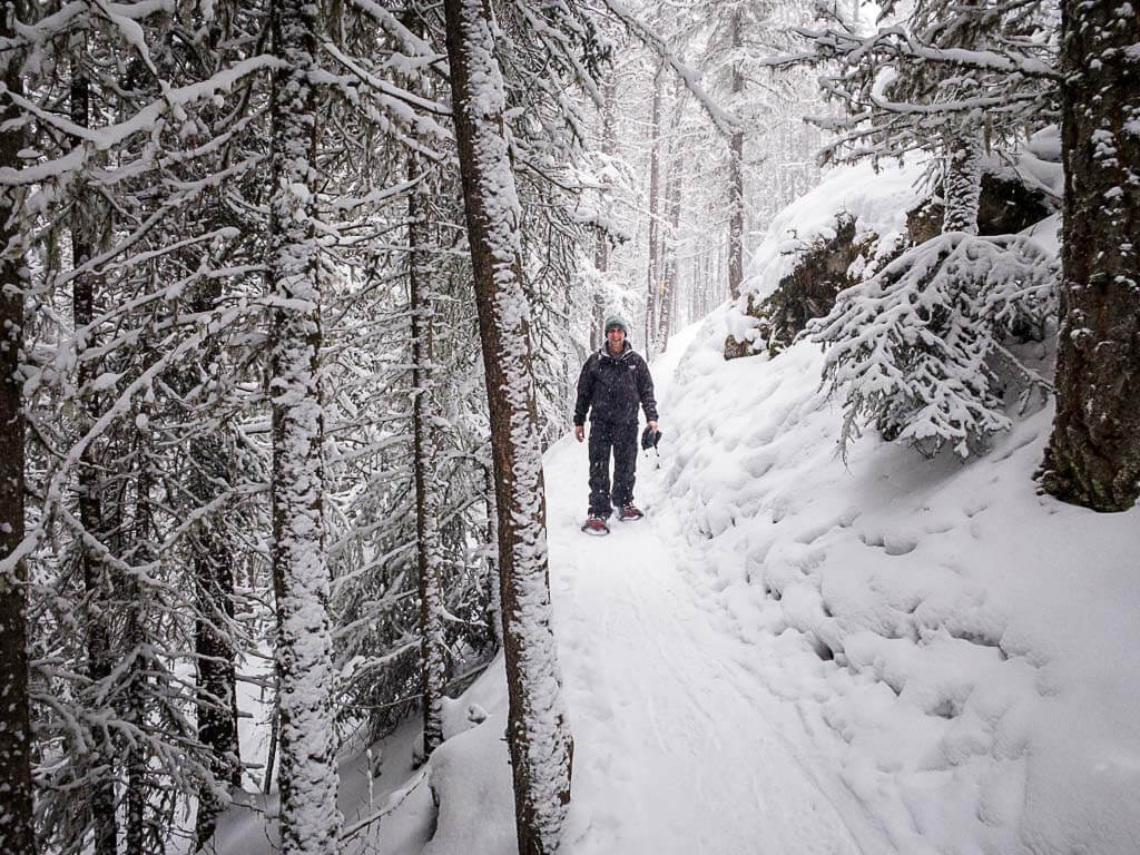 Upper Stoney Loop is an easy snowshoe trail in Banff