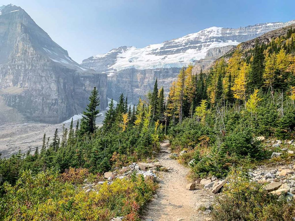 Hiking in Banff is the best thing to do when visiting Banff on a budget - it's beautiful, healthy and free