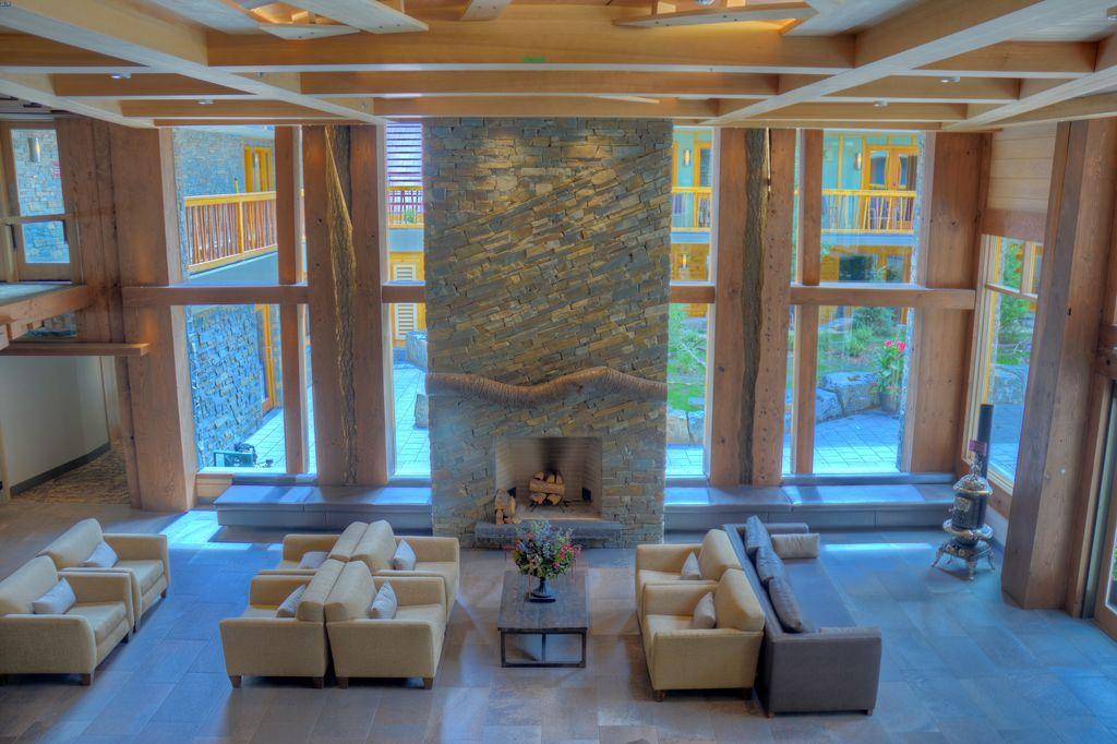 best hotels in Banff - Moose Hotel