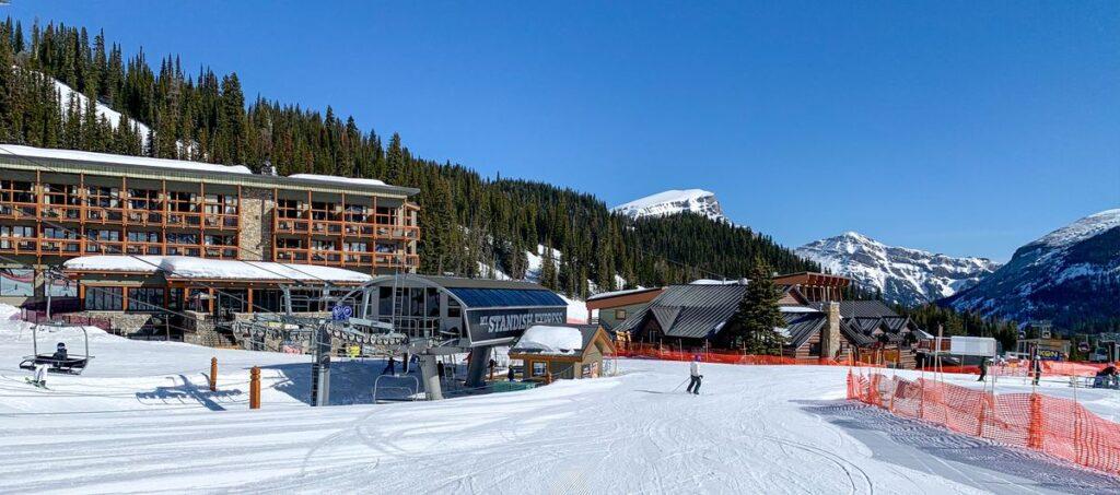 Creek Run is a fun green run off the Standish chairlift at the Banff Sunshine Village ski resort