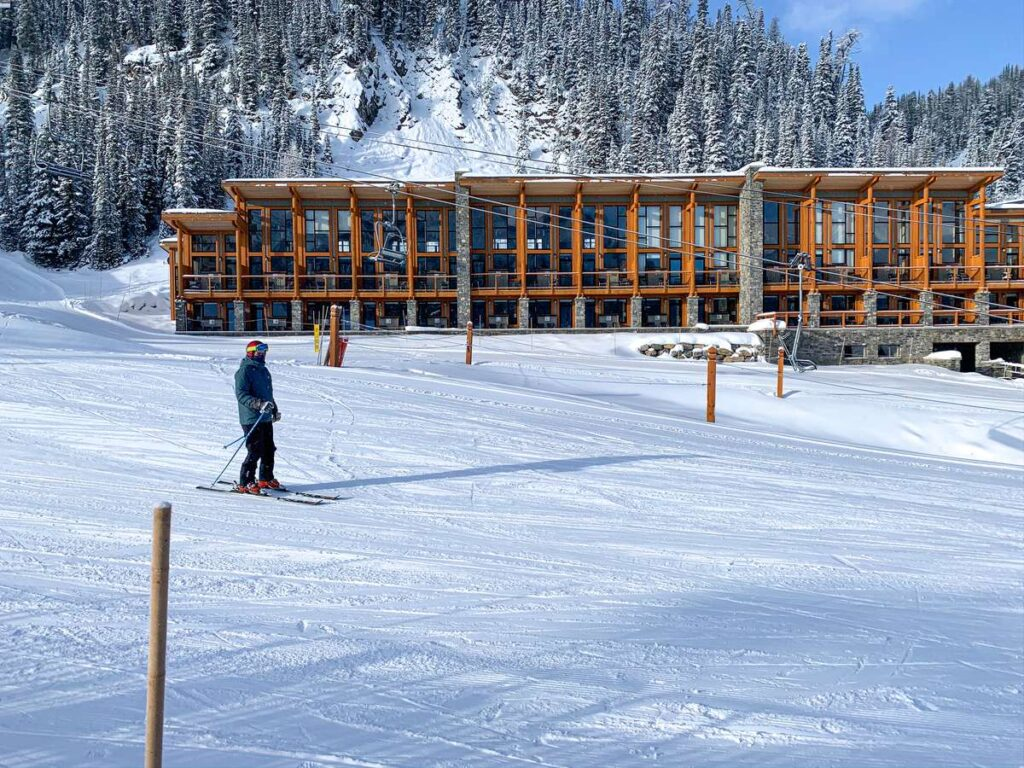 Where to stay while skiing at Sunshine Village in Banff, Canada