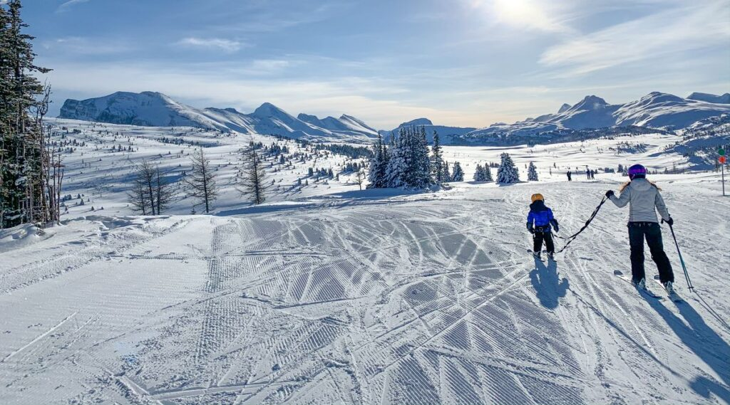 Rock Isle Road is one of the best green runs at Sunshine Village for beginners