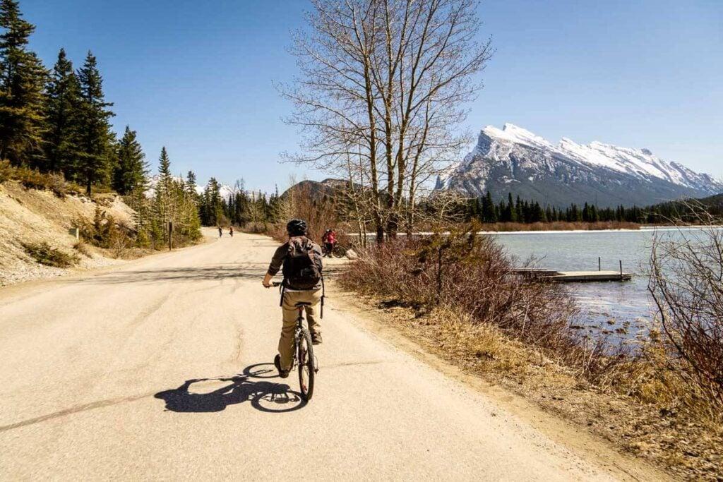 biking in Banff on Vermilion Lakes Drive