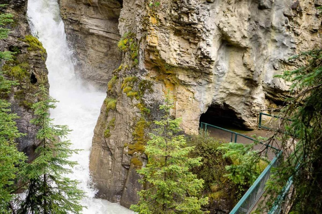 Cave to view Johnston Canyon Lower Falls