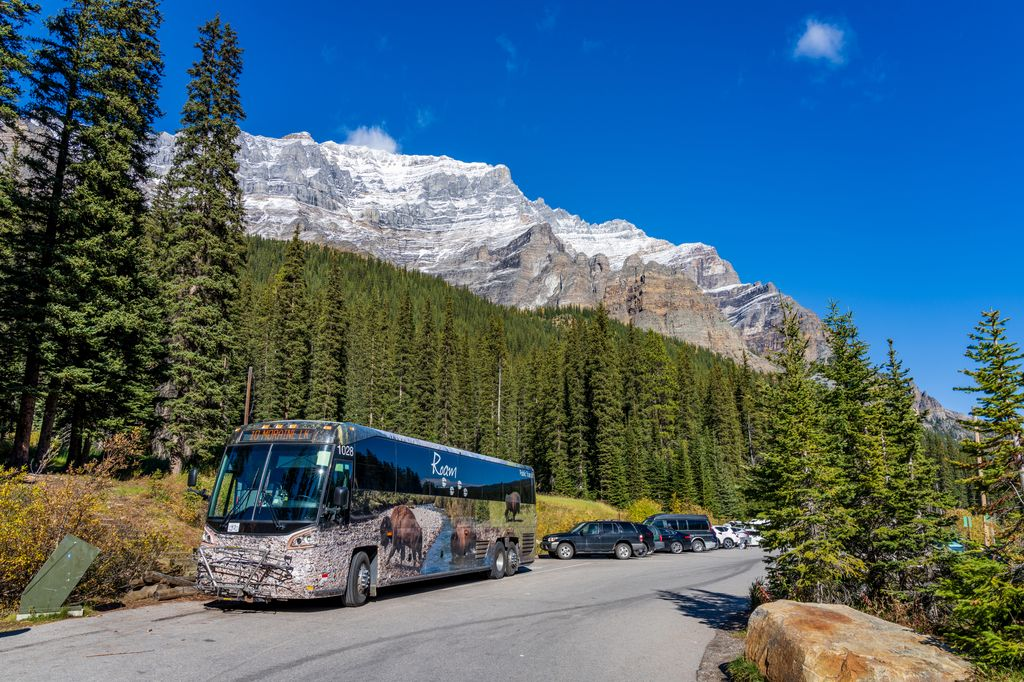 Avoid paid parking in Banff, Lake Louise and Moraine Lake with these tips on how to find free parking in Banff
