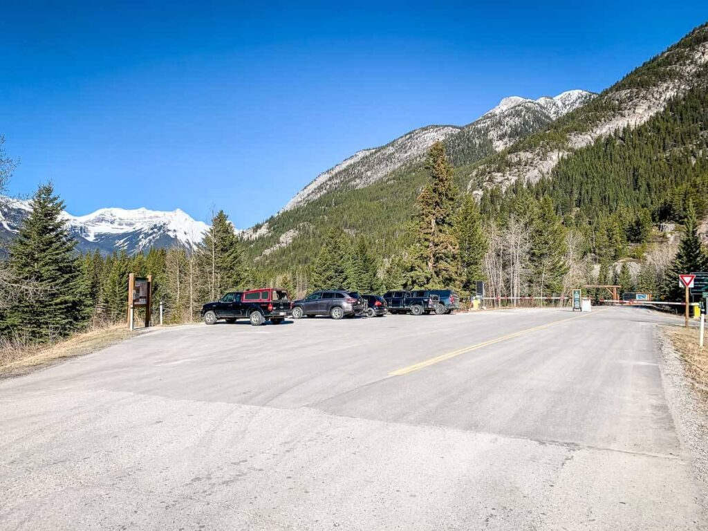 Highway1A parking for biking Bow Valley Parkway