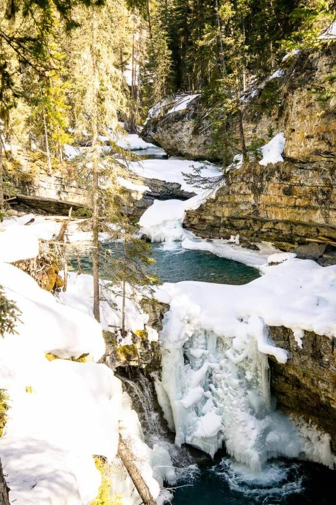 Frozen Waterfall hike in Banff National Park - Johnston Canyon
