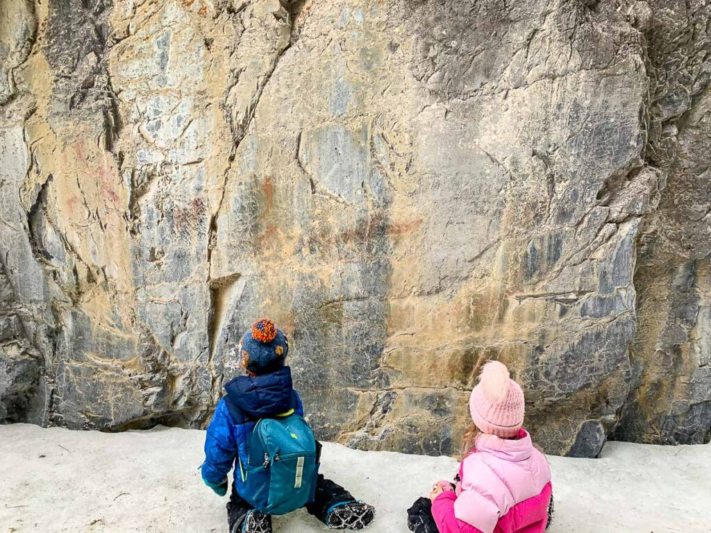 Where are the Grotto Canyon pictographs?