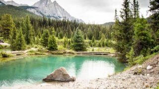 Summer hike in Banff to ink Pots