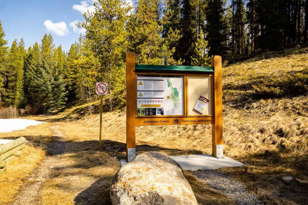Moose Meadows Trailhead to Ink Pots