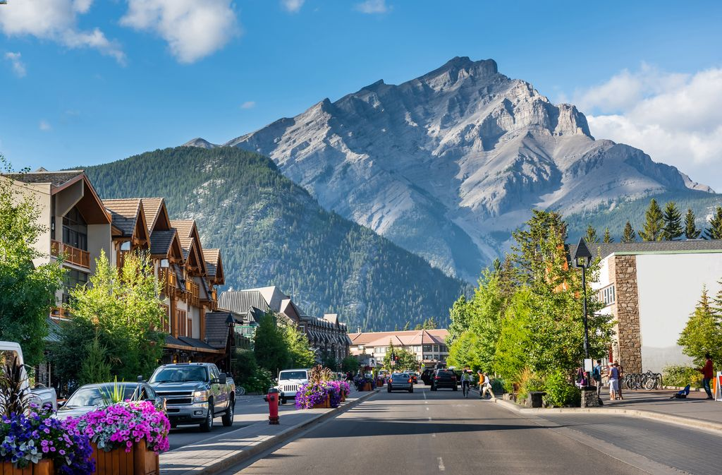 Starting in 2021 there will no longer be free parking on Banff Avenue