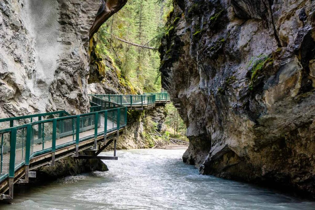 Visiting Johnston Canyon in Banff in 2021