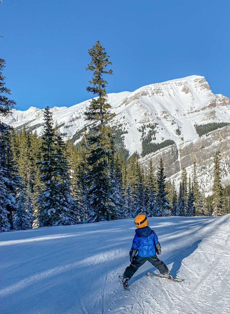 The longest ski run at Sunshine Village for beginners is the Banff Avenue ski out
