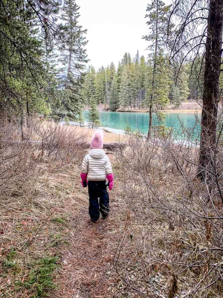 Two Jack Lake - short hike in Banff with kids
