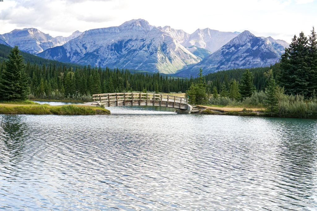 Cascade Ponds are a popular picnic area in Banff with free parking