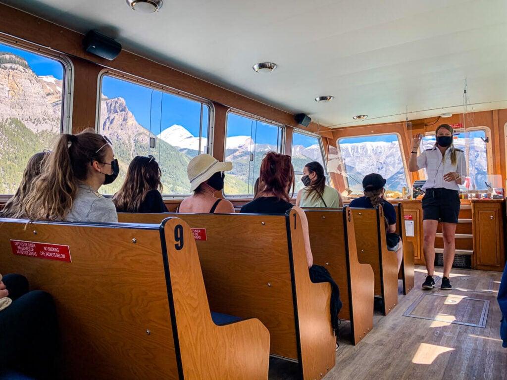 Minnewanka Lake Cruise in Banff