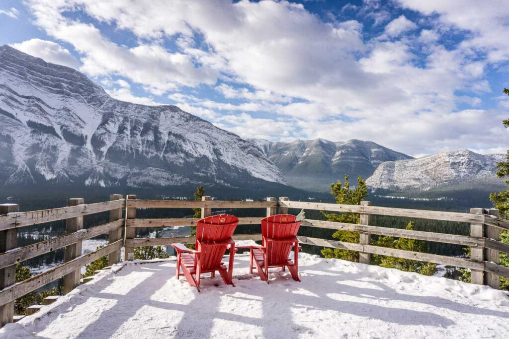 Enjoy excellent views of Mount Rundle, Sulphur Mountain and Tunnel mountain from the Banff Hoodoos