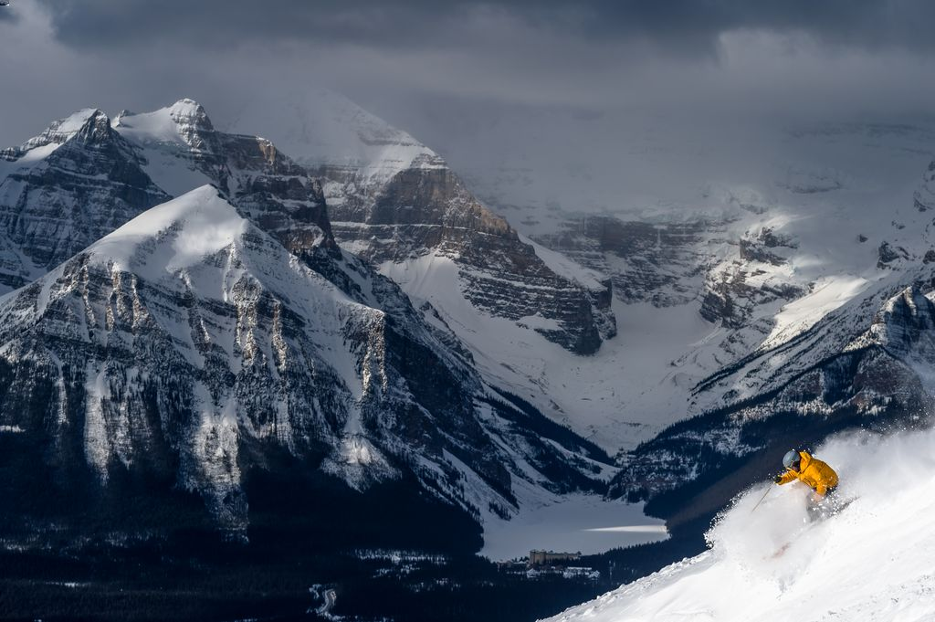 A nominee for the both the Best Ski Hotel in Alberta and North America, the Banff Springs Hotel is a great place to stay for a Banff ski vacation