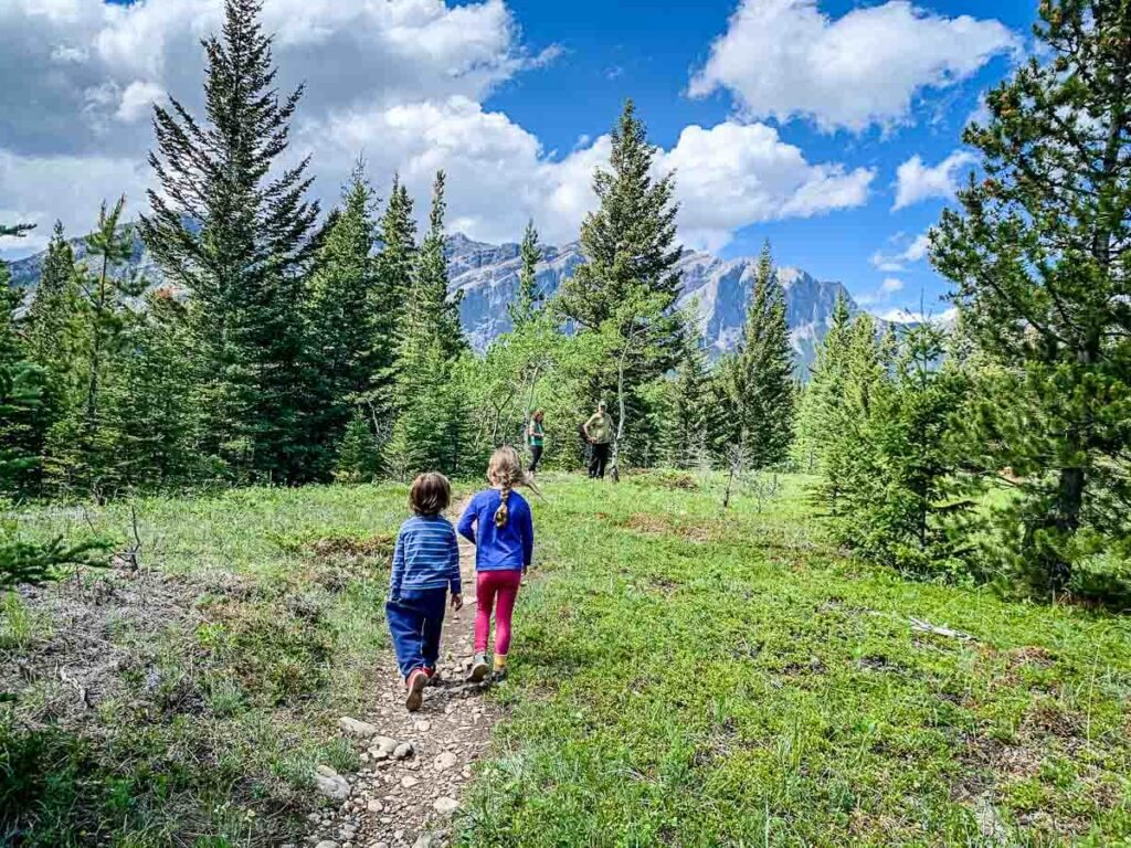 Hiking Middle Lake Trail with kids