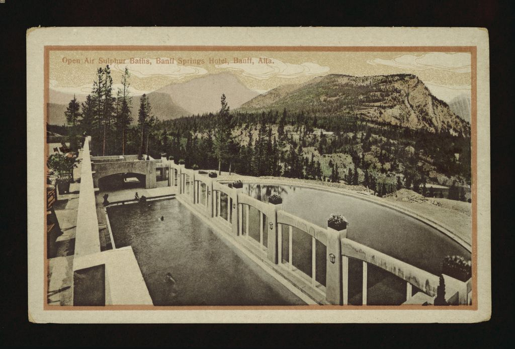 1920s image of the open air hot springs pool at the Banff Springs Hotel