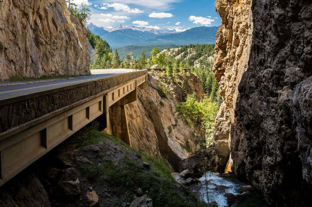 Some luxury tours to Banff will include a drive through Sinclair Canyon in Kootenay National Park